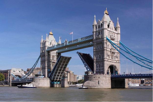 تاور بریج، جاذبههای گردشگری لندن