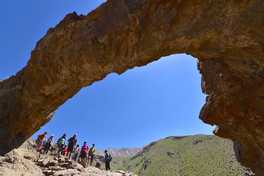 پیمایش مسیر تازه در گذرگاه علم کوه با کوهنوردان ایتالیایی