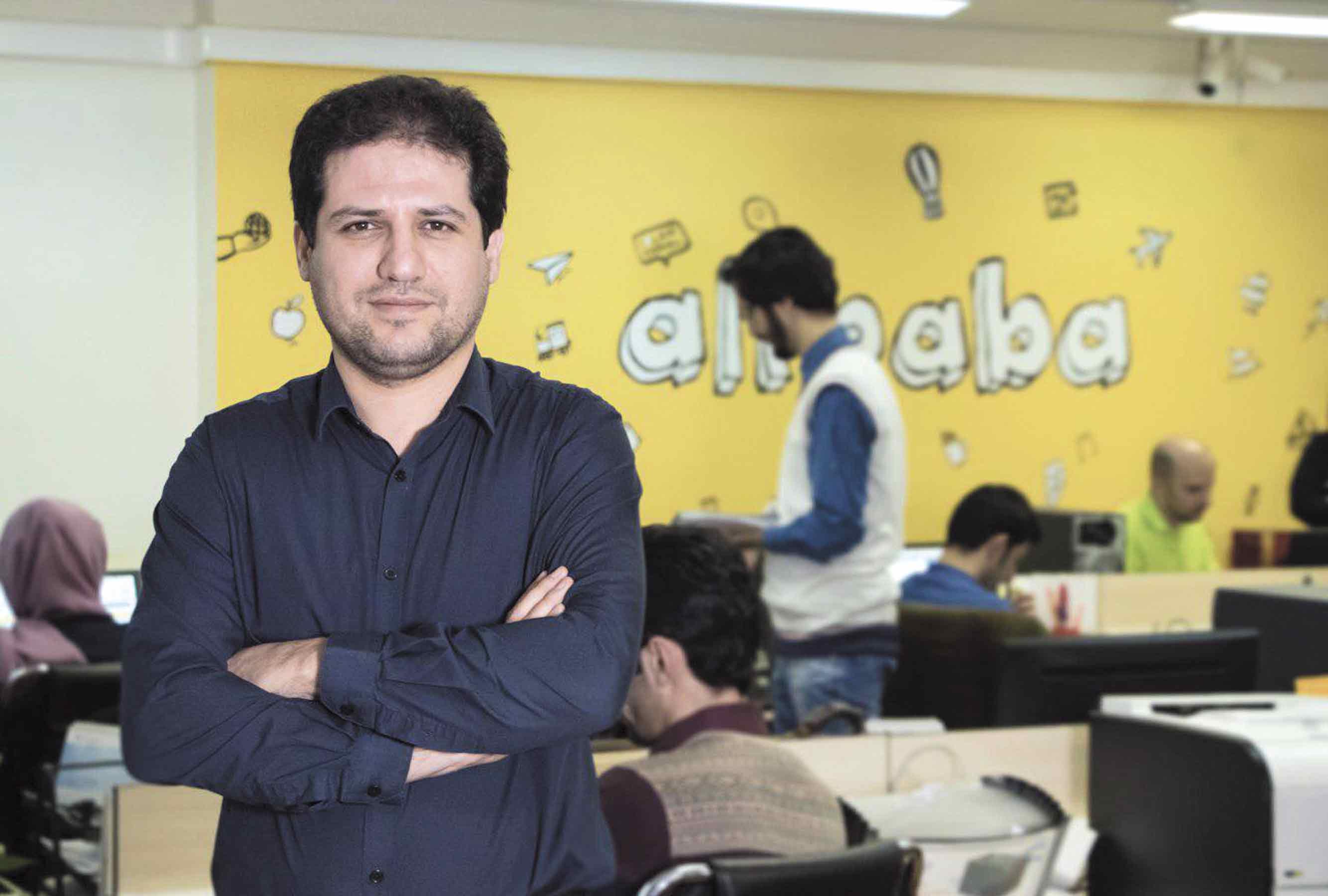 تجارت الکترونیک، آینده صنعت گردشگری ایران را در دست دارد