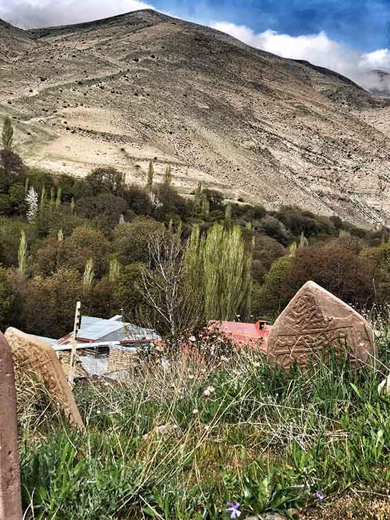 قله کوه دوشی در گیلوان